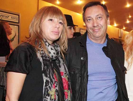 Алена Апина намерена развестись с мужем