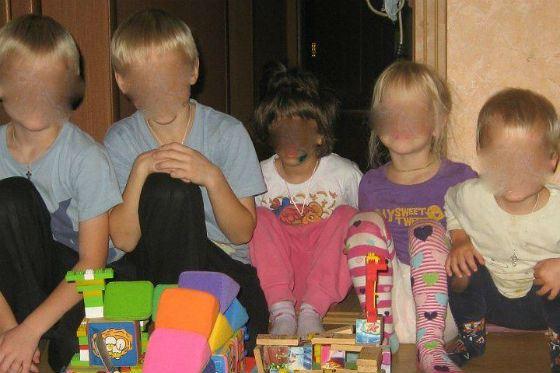 Многодетным родителям-садистам из Липецка светит пожизненное