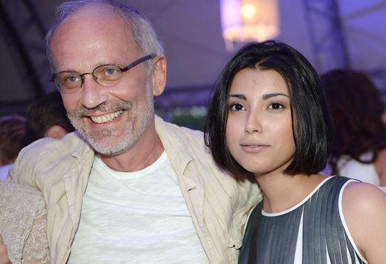 Александр Гордон с молодой женой