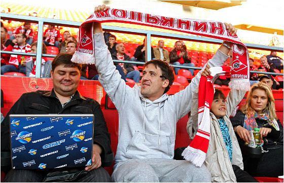 Артур Смолянинов частый гость на стадионе