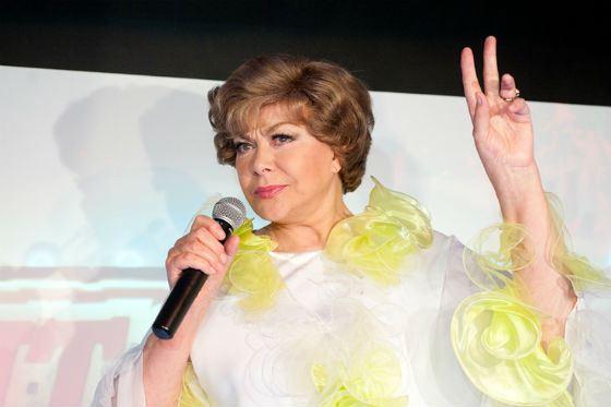Эдита Пьеха на празднике в гей-клубе «Помада»