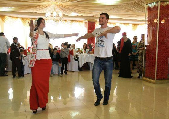 Свадебная полиция проконтролирует наряды и танцы чеченских невест