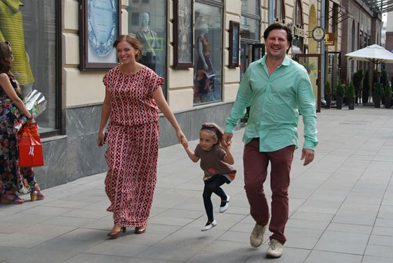 Нелли Уварова с мужем и дочкой