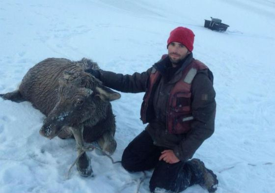 Иван Драчев и спасенное им животное
