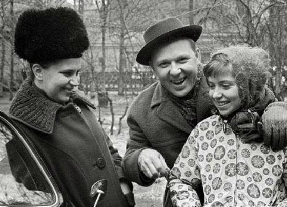 Биография Олега Попова - Режиссеры.