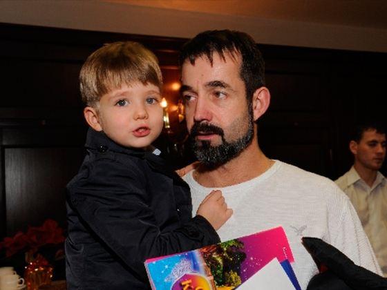 Дмитрий певцов сын елисей фото
