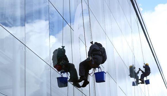 В Подмосковье женщина пыталась убить альпиниста, задевшего ее спутниковую антенну