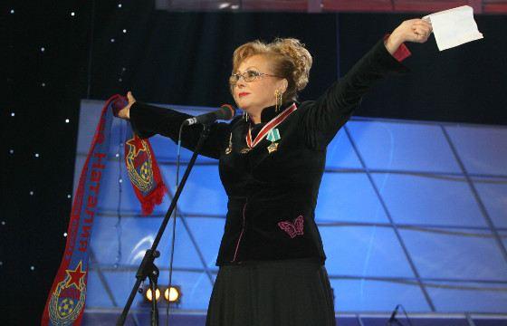 Наталья Селезнева иногда ходит на стадион