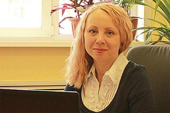 Депутат «Единой России» занималась фитнесом на фоне гробов