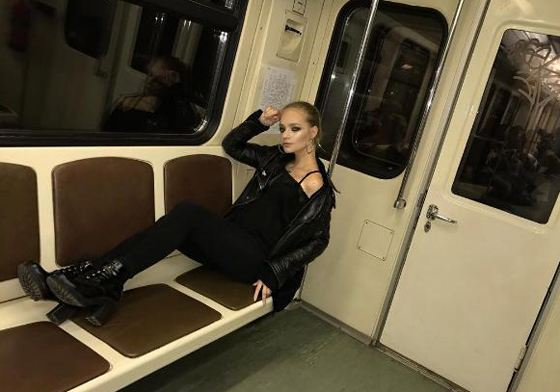 Лиза Пескова любит подземку