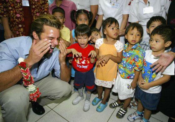 Рики Мартин помогает детям из социально опасных регионов