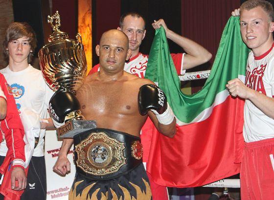 Первый раз Муса Мусалаев стал чемпионом мира в 2009 году