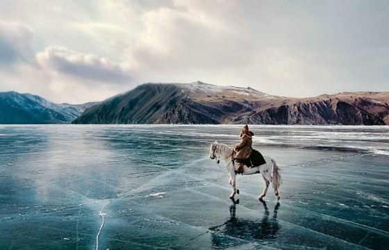 Озеро Байкал - одна из жемчужин России