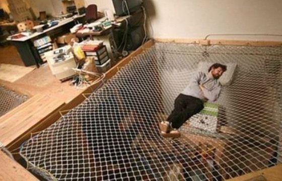 Кровать-гамак  подойдет тем, кто не боится высоты