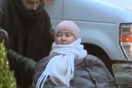 Больная Жанна Фриске в Нью-Йорке