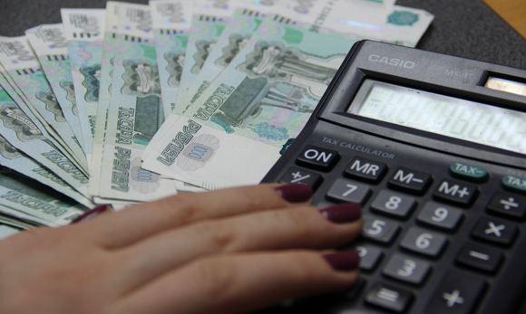 Новый законопроект позволит работодателям «зажимать» часть зарплаты
