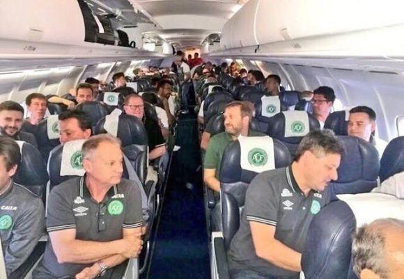 Последний снимок из салона упавшего в Колумбии самолета