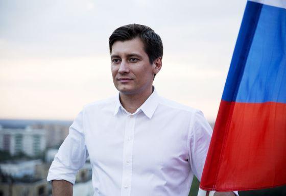 Dmitry Gudkov decided to study journalist