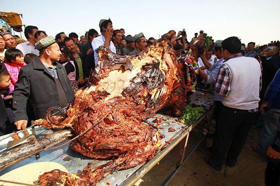 Фаршированный верблюд - свадебное блюдо из книги рекордов Гиннесса
