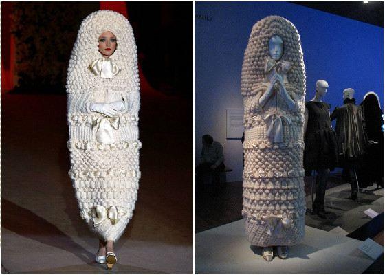 Одно из самых необычных платьев создал Ив-Сен Лоран