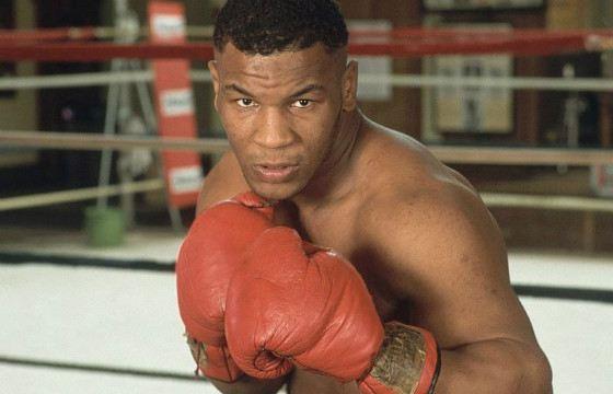 Mike Tyson's hitting power - 800 kg