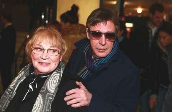 Михаил Ефремов с матерью, Аллой Покровской