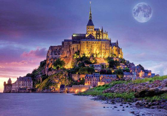 Замок Мон-Сен-Мишель в Нормандии, Франция