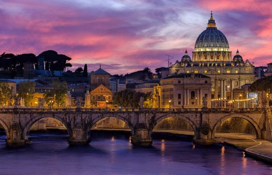 The Vatican is the only state that has the status of a UNESCO World Heritage Site.