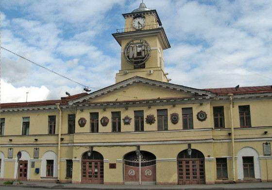 В музее Ижорского завода собрана история предприятия с петровских времен