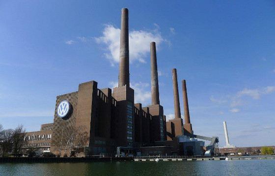 В мире много крупных заводов