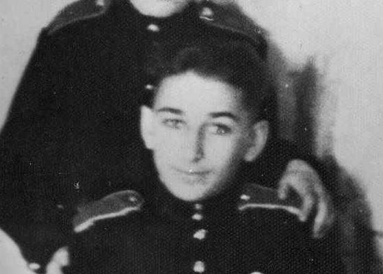 Евгений Джугашвили учился в Калининском суворовском училище