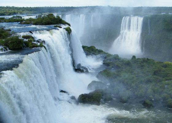 Iguazu Falls in 2011 recognized the seventh wonder of the world