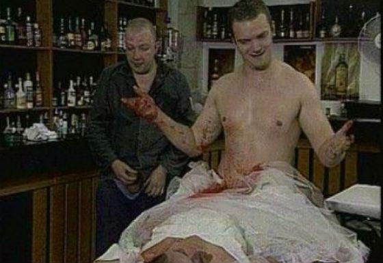 Кадр из фильма «Пять бутылок водки»