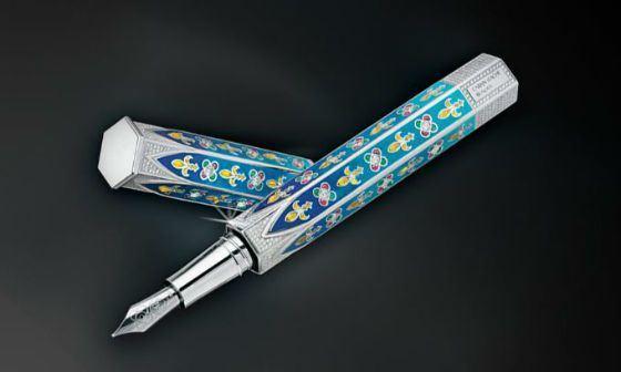 Готическая перьевая ручка от Caran d'Ache