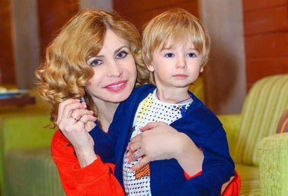 Ирина Агибалова с внуком Кириллом