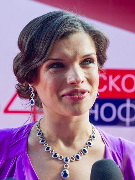 Anna Azarova Nude Photos 33