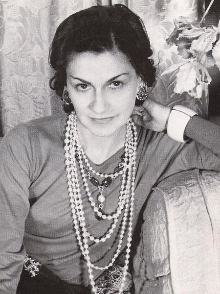 Коко Шанель (Coco Chanel) биография, фото, фильм, личная жизнь b096385be44