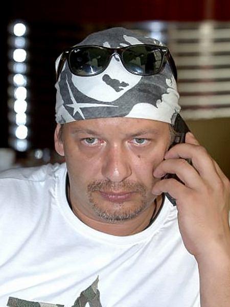 dmitriy-maryanov-goliy