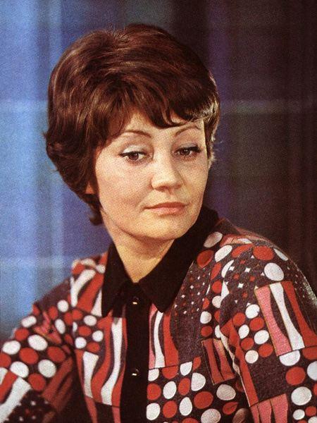 Лужина лариса анатольевна народная артистка рсфср (1989), актриса театра сту